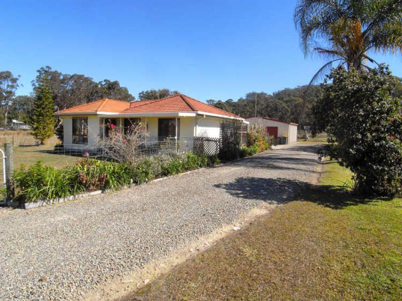 4 Glen Haven Drive, Kew, NSW 2439
