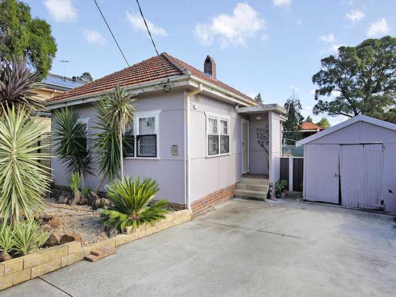 102 Henry St, Old Guildford, NSW 2161