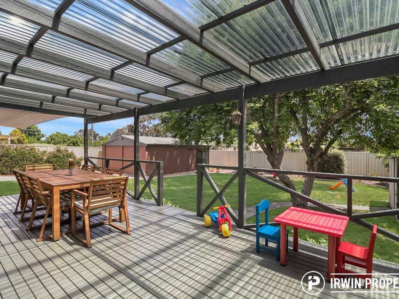 8 Brickhill Place, Gilmore, ACT 2905