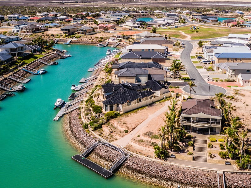 123 Stately Way, Wallaroo, SA 5556
