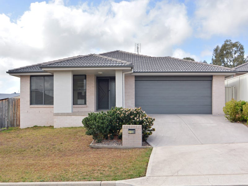 2/159 Gardner Circuit, Singleton Heights, NSW 2330