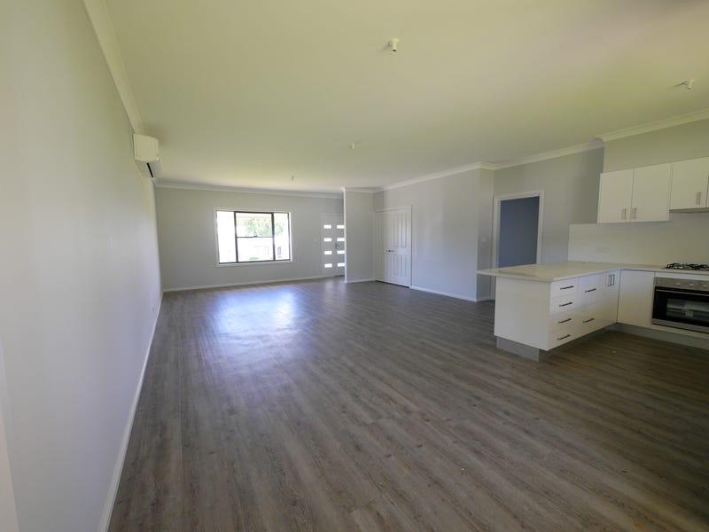 16 Walker Street, Cowra, NSW 2794