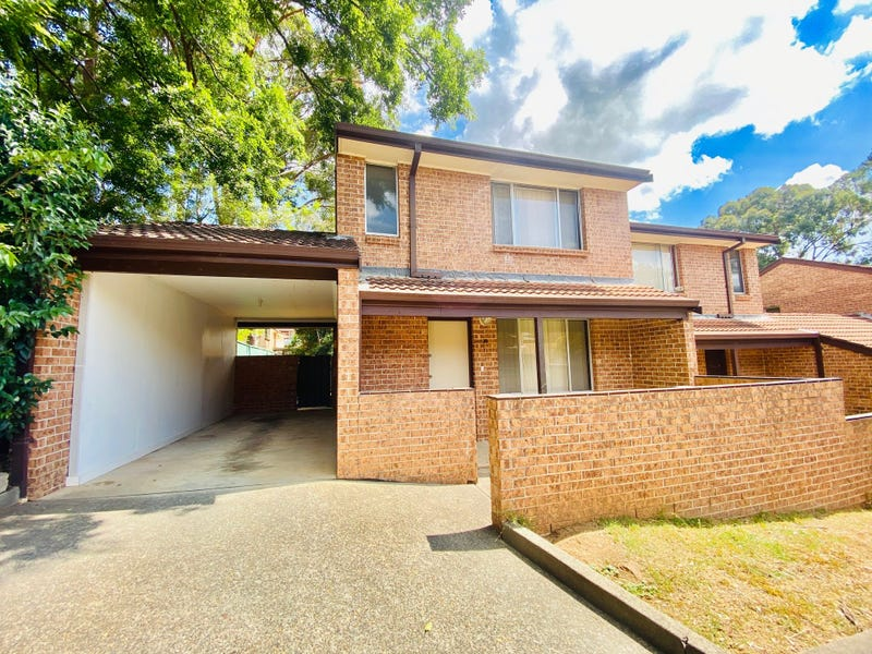 10/22 Moore Street, Campbelltown, NSW 2560
