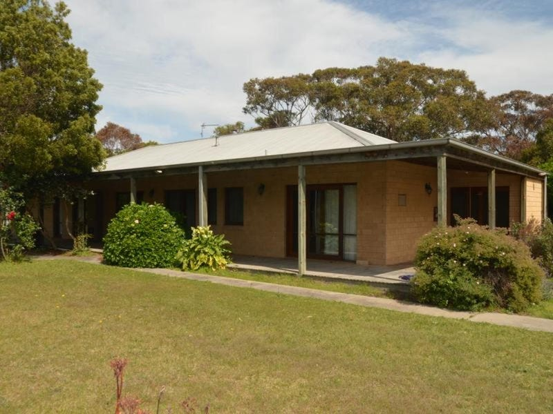 50 Gravelly Point Road, Raymond Island