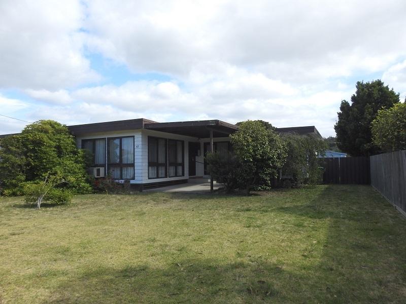 67 Coates Road, Lakes Entrance, Vic 3909