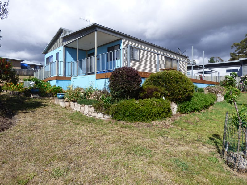 49 Falmouth Street, St Helens, Tas 7216