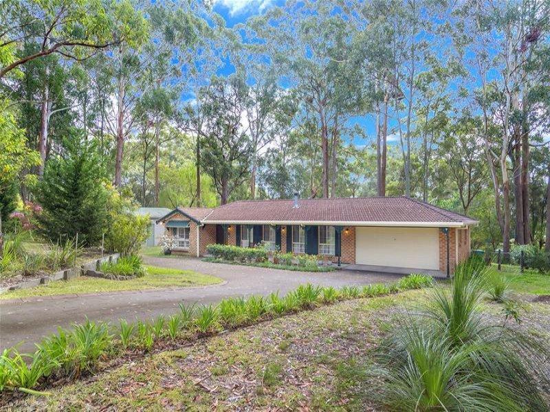 2 Immaculata Place, Tumbi Umbi, NSW 2261