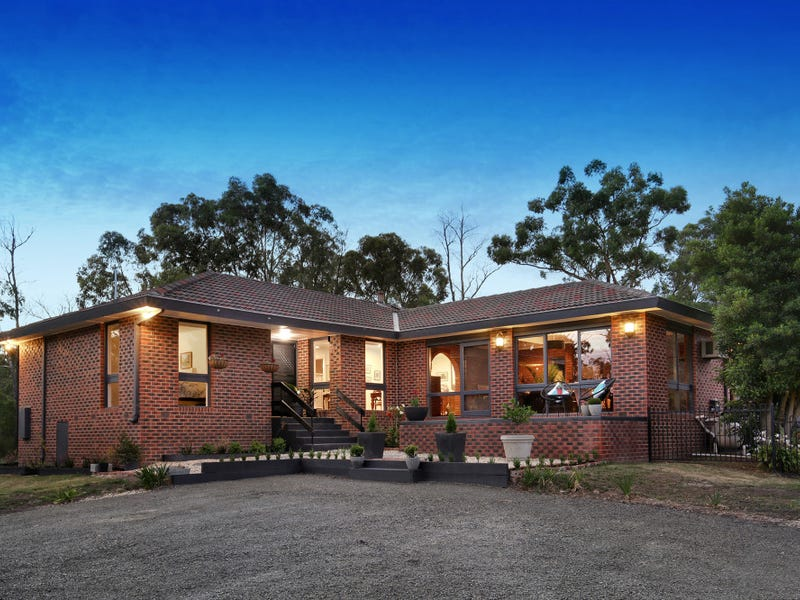 40 Fernbank Road, Healesville, Vic 3777