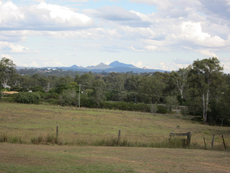 300 Pine Mountain Road, Muirlea, Qld 4306
