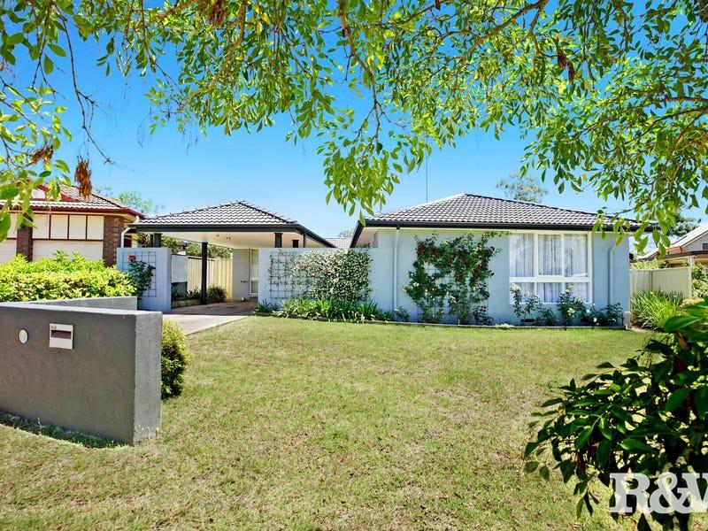 9 McCartney Crescent, St Clair, NSW 2759
