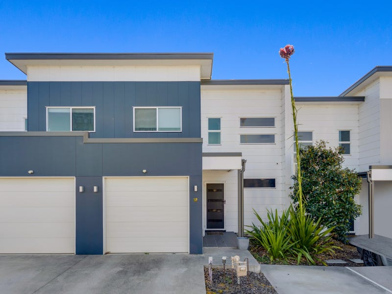18/73 Sovereign Circuit, Glenfield, NSW 2167