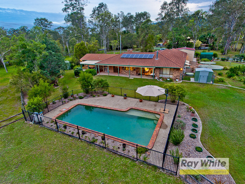 84 Camp Mountain Road, Camp Mountain, Qld 4520