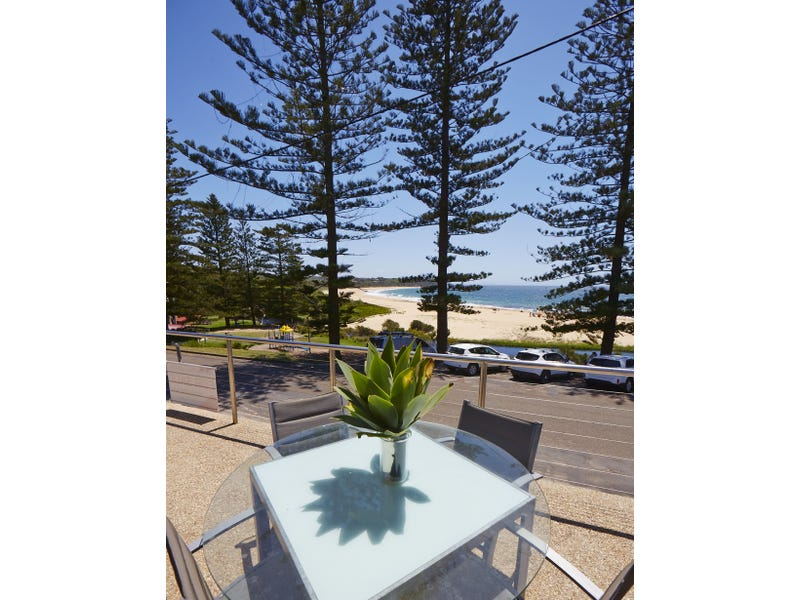7 Main Street, Black Head, NSW 2430