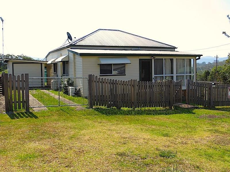 36-38 Lindsay  Street, Woodenbong, NSW 2476