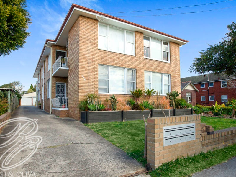 2/242 William Street, Kingsgrove, NSW 2208