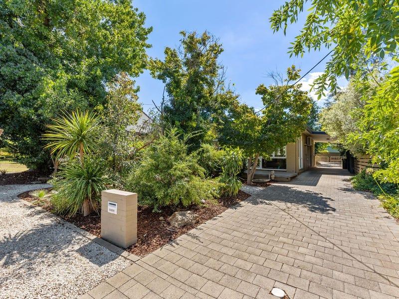 9 Cook Street, Kooringal, NSW 2650