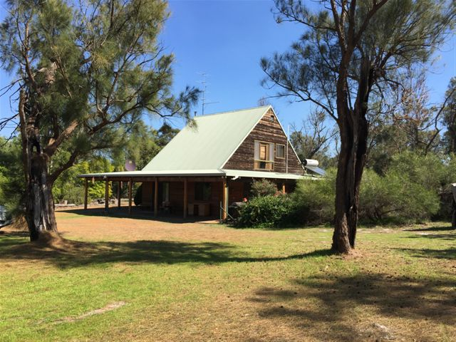 879  Cornation Road, Waroona