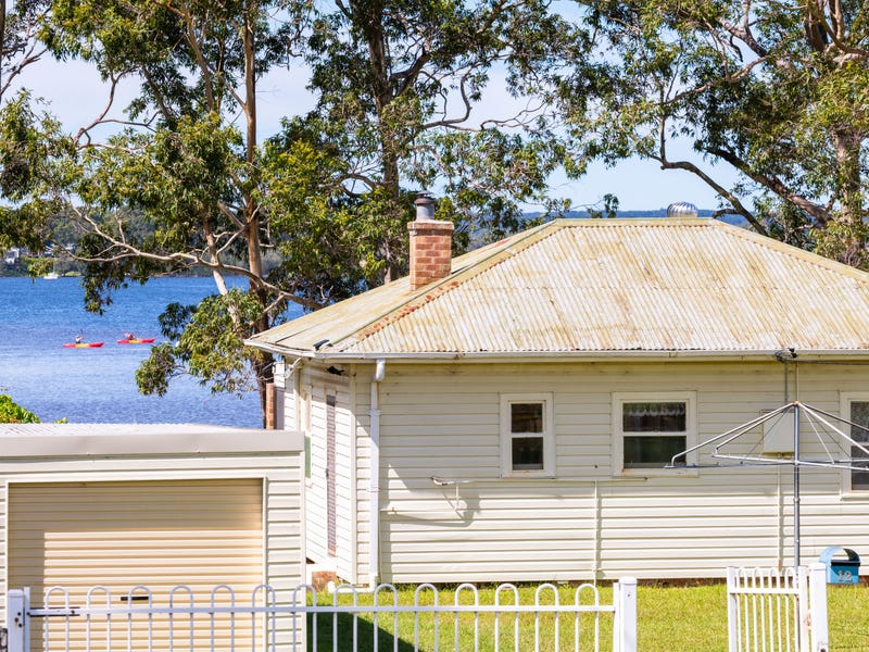12 Island Point Road, St Georges Basin, NSW 2540