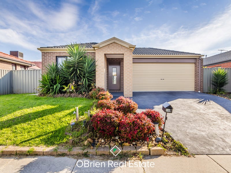 10 Tattle Grove, Cranbourne East, Vic 3977