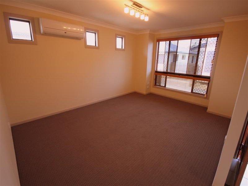 Unit 2,122 Edward Street, Dalby, Qld 4405