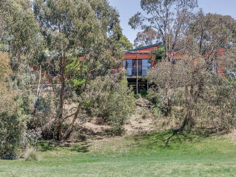 5280 Colac-Ballarat Road, Cambrian Hill, Vic 3352