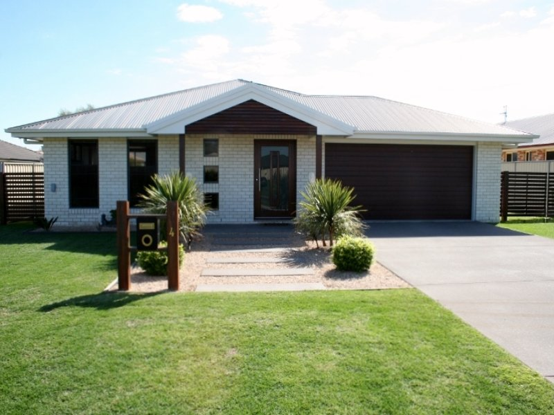 4 Lynne Court, Oakey, Qld 4401