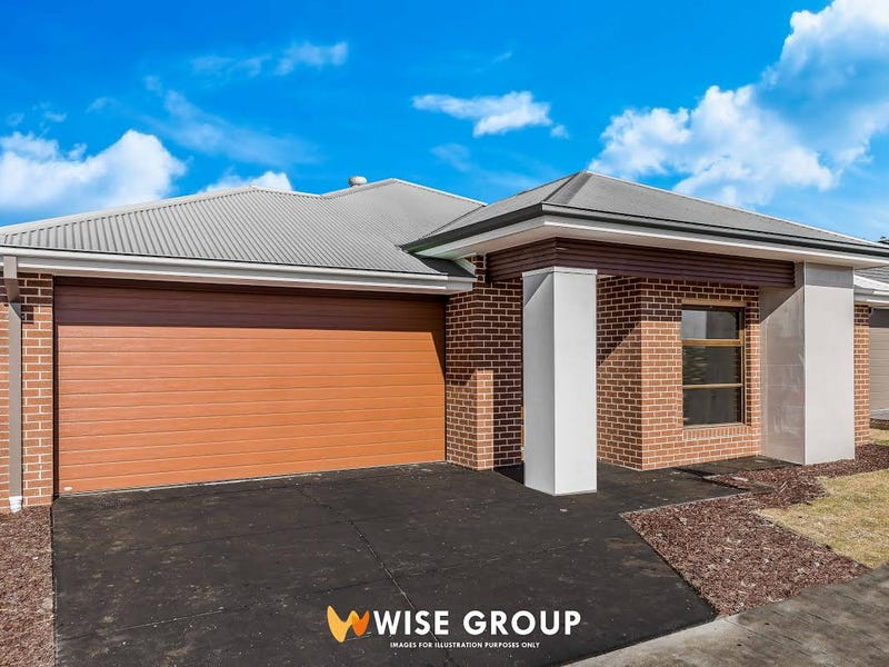 33 Everard Avenue, Clyde North, Vic 3978
