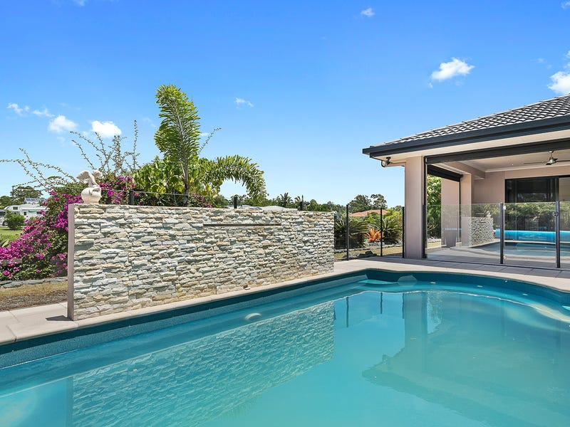 5 Pandanus Drive, Dundowran Beach, Qld 4655
