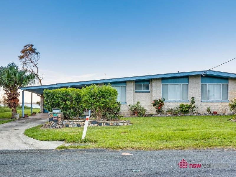 16 First Avenue, Arrawarra Headland, NSW 2456