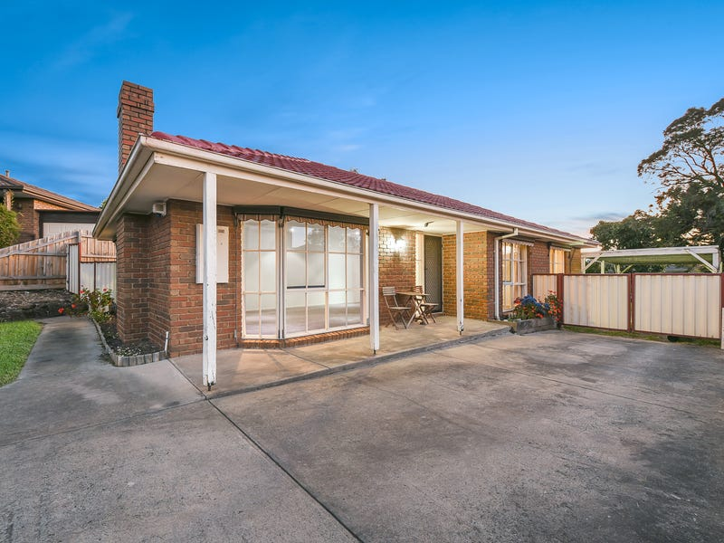13 Edgerton Court, Hampton Park, Vic 3976