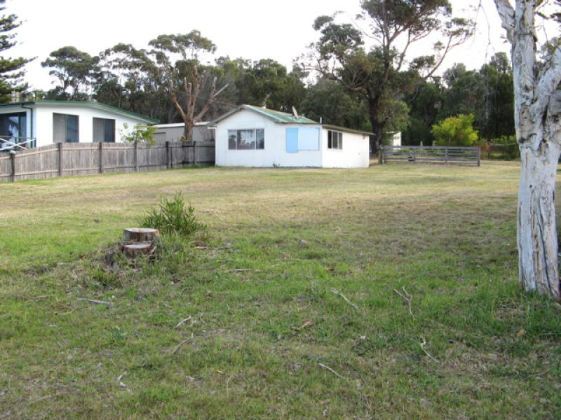7 Princes Highway, Burrill Lake, NSW 2539