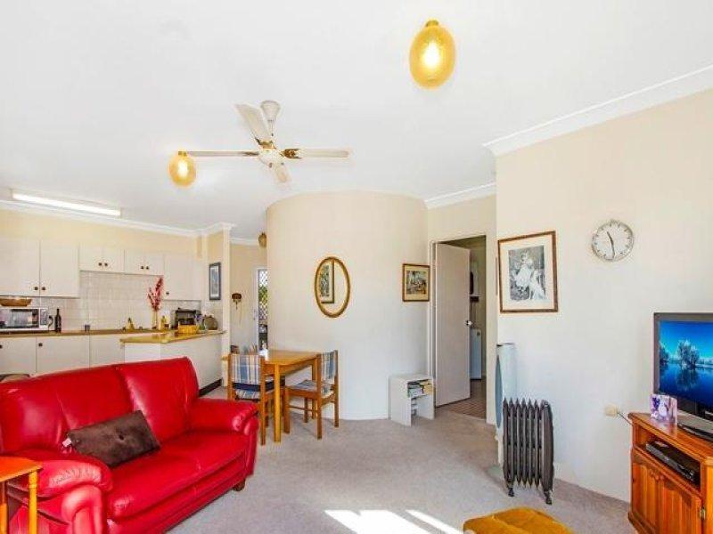 54/15 Lorraine Avenue, Berkeley Vale, NSW 2261