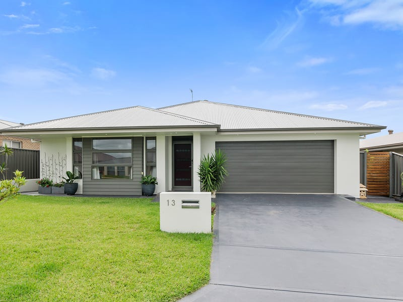 13 Flemmings Cres, Horsley, NSW 2530