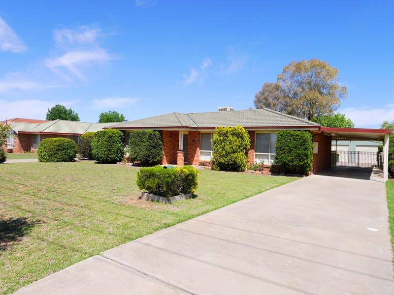 13 Hartley Street, Cowra, NSW 2794