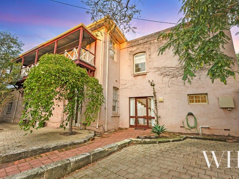 14 Knutsford Street, Fremantle, WA 6160