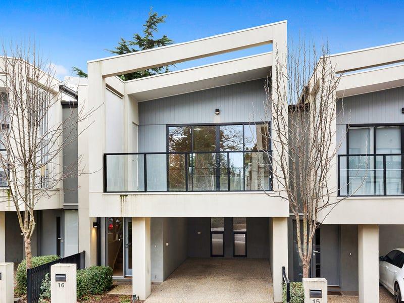 16 Oak Terrace, Wheelers Hill, Vic 3150