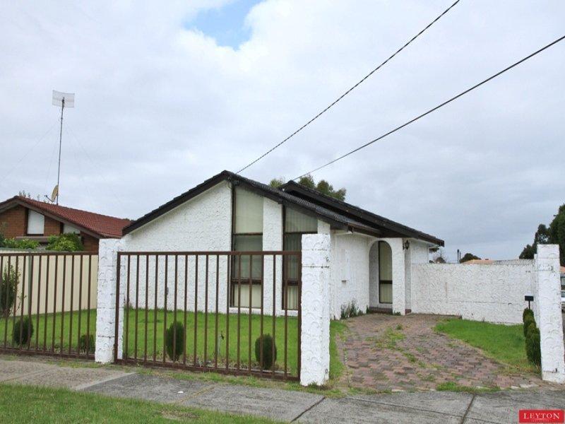 10 Bellavista Crescent, Clayton South, Vic 3169