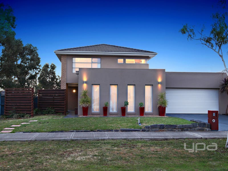 8 Freelands Drive, Burnside Heights, Vic 3023