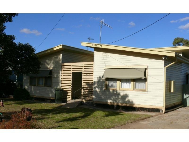 124 Decimus Street, Deniliquin, NSW 2710