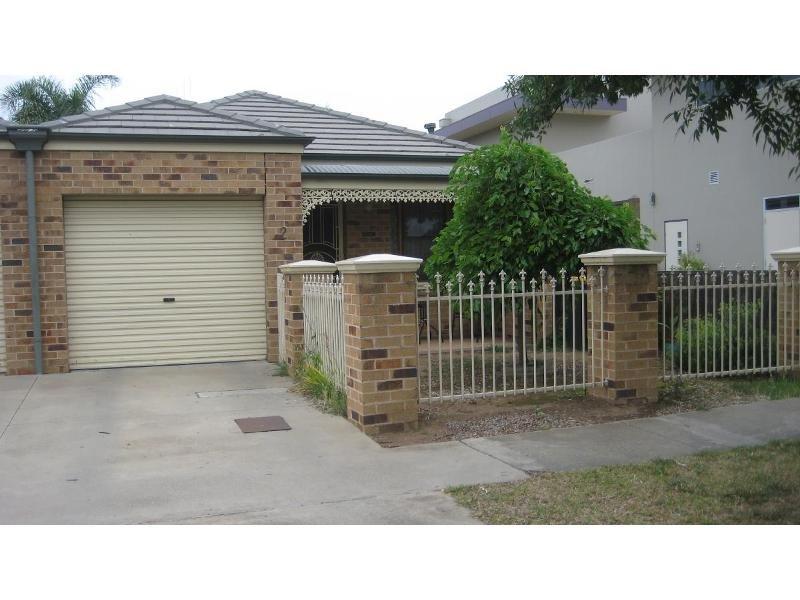 2/9 Echuca Street, Moama, NSW 2731