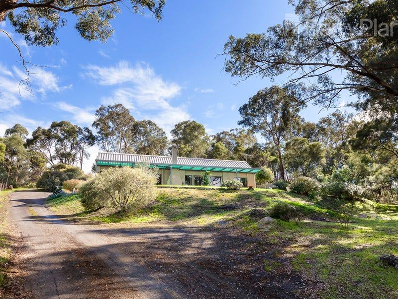155 Arthurs Creek Road, Hurstbridge, Vic 3099