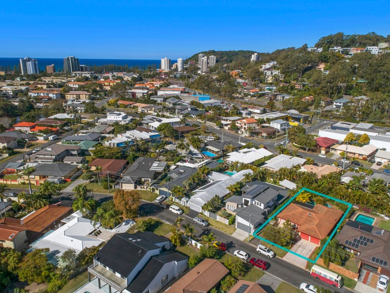 28 Kingfisher Crescent, Burleigh Waters, Qld 4220
