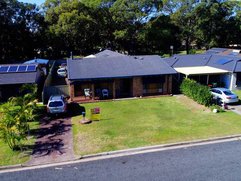 32 Elizabeth Parade, Forster, NSW 2428