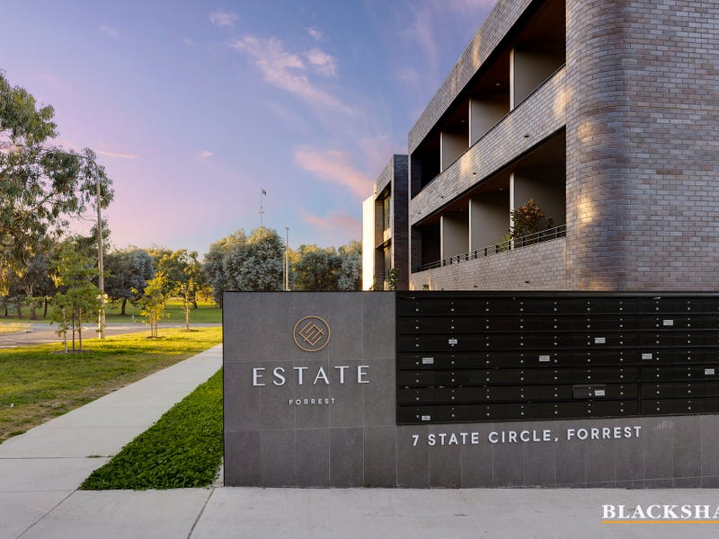 57/7 State Circle, Forrest, ACT 2603