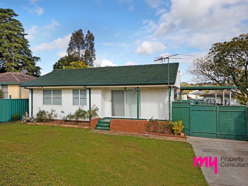 3 Chaucer Crescent, Leumeah, NSW 2560