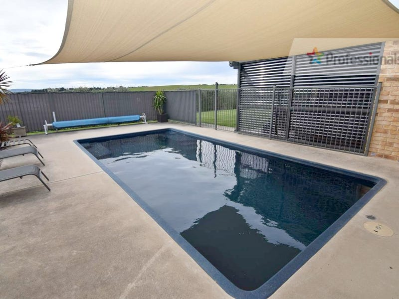 39 Sapphire Crescent, Kelso, NSW 2795