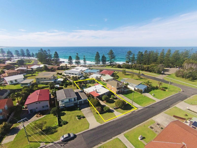 50 Beach Street, Tuross Head, NSW 2537
