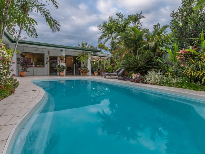 13 Trochus Close, Trinity Beach, Qld 4879