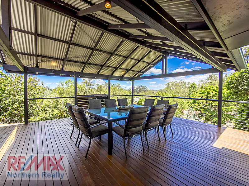 1 Laceflower Cres, Eatons Hill, Qld 4037