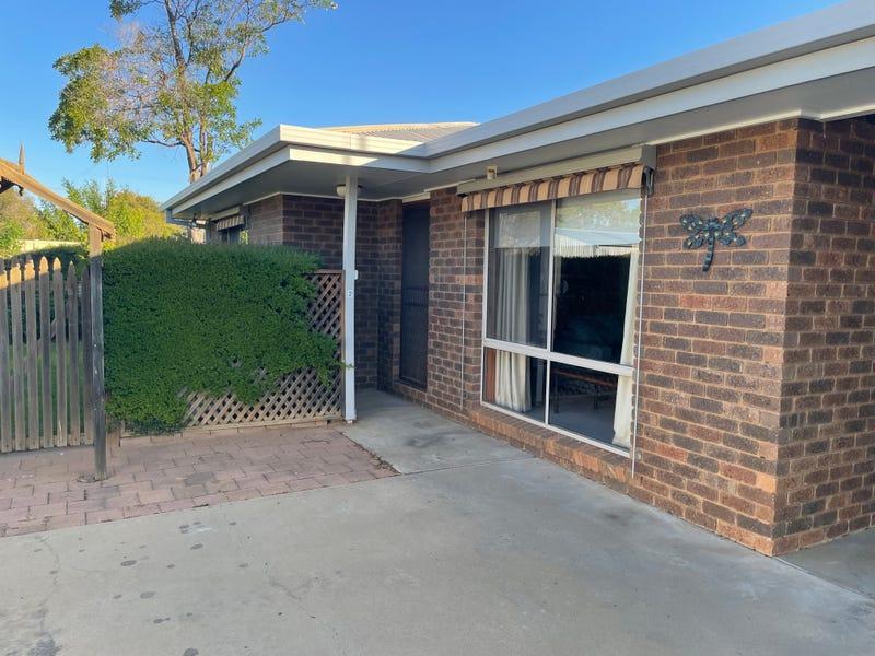 2/21 NORRIS COURT, Deniliquin, NSW 2710